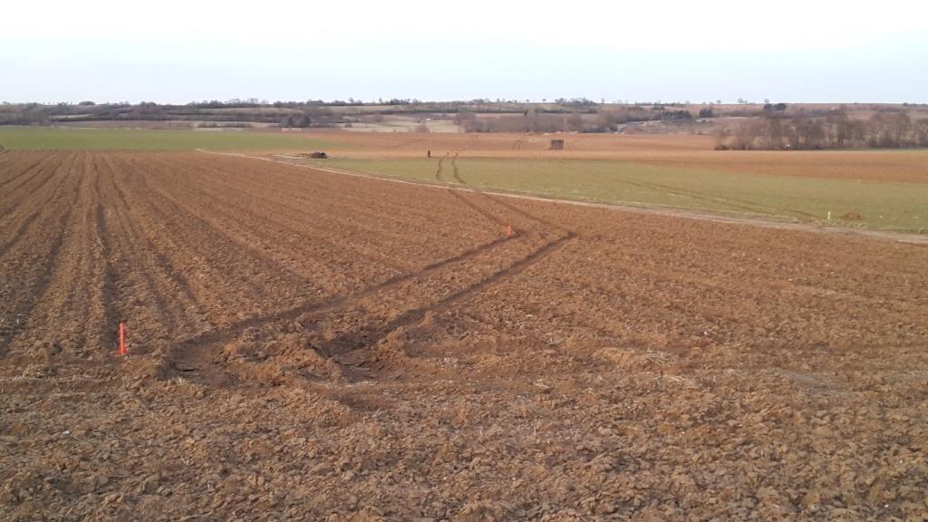 Pauvres paysans qui ont travaillés durement pour ensemencer leurs champs